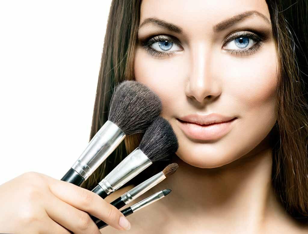 Makeup Cosmetic Procedure